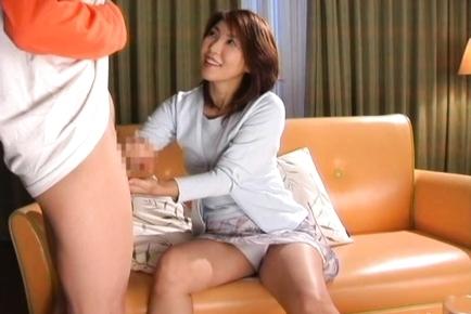 Kyoko Lovely mature Japanese babe
