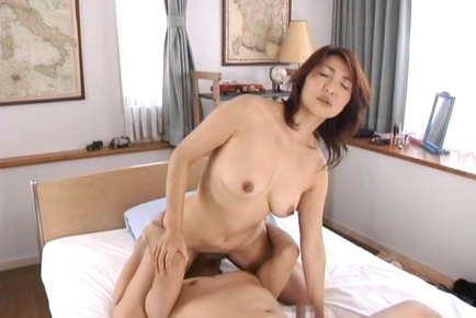 Kyoko Japanese mature doll enjoys sex