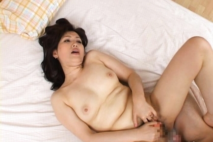 Aya Mature Japanese chick gets fucked