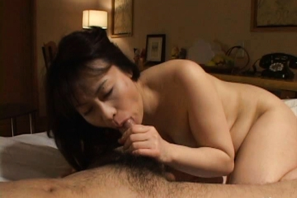 Misaki Asian mature chick has hot sex