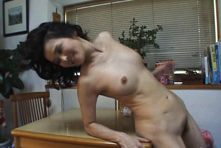 Yoko is a mature Asian chick who enjoys fucking