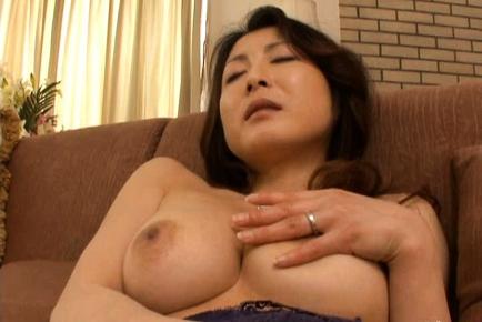 Mai Kozakura hot mature Asian chick is masturbated