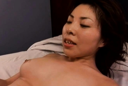Amazing Japanese mature woman is a hot chick