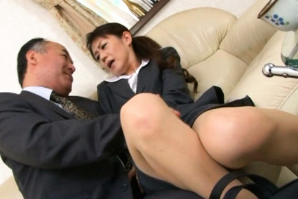 Seiko Shiratori Hot mature Asian chick masturbates