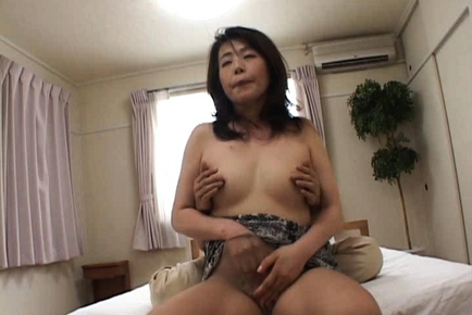 Amazing Asian woman is a mature babe who likes sex