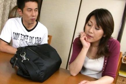 Yoko Imaeda Lovely Asian mature woman is sexy