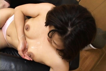 Hot mature Asian woman is amazing for sex