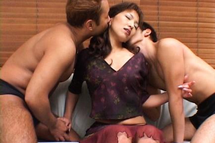 Kyoko Izumi Hot mature Japanese lady is sexy