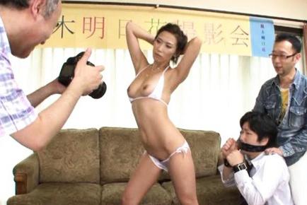 Asuka Yuki Hot mature Asian model spreads her legs