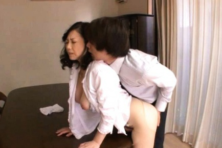 Maya Sawamura Asian mature lovely model