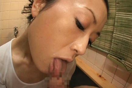 Matsuda Kumiko Kinky mature Asian babe