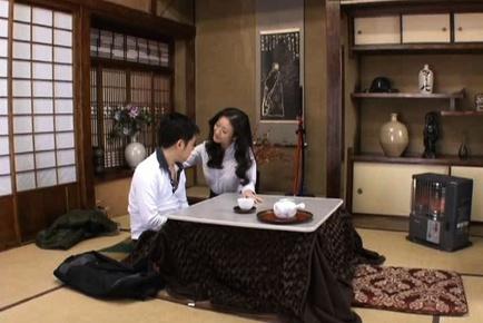 Matsuda Kumiko Sweet mature Japanese woman