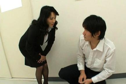 Dirty mature Natsumi Kitahara ass licks her guy and masturbates him.