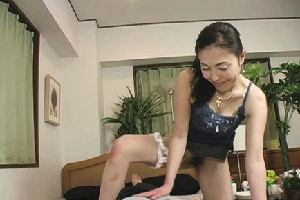 Kyoko Misaki enjoys a good hard fuck