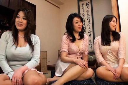 Hot mature Japanese AV Models in some wild group sex