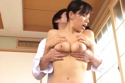 Flawless Asian mom Yukino Shindou adores tit squeezing
