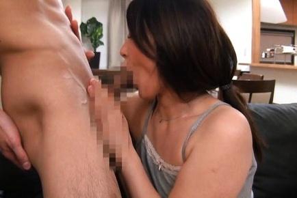 Cock sucking with hot mature AV model