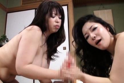 Lusty mature Japanese AV Models share big throbbing dick