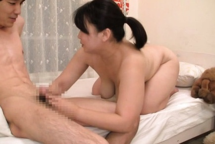 Gorgeous Japanese mature chick gets her hairy kitty plowed