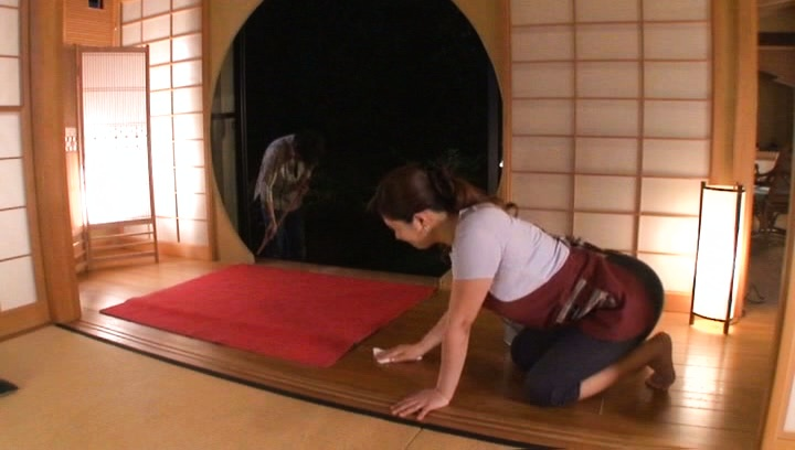 Sweet wife Reiko Shimura bends over to play nasty